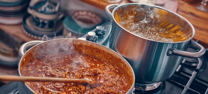 Italian Cooking Essentials: Pasta sauce
